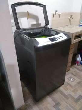 Se vende lavadora y nevera en perfecto estado