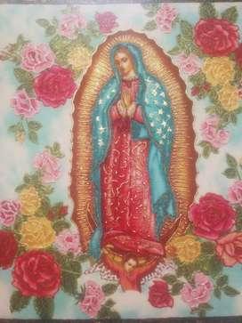 Virgen en Tela sobre Retablo Bordeado a mano