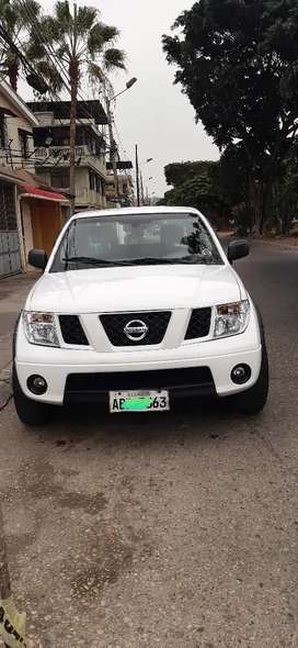 Vendo Nissan Navara 4x2 año 2011