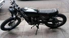 Vendo moto café racer intacta con papeles al día, lista para transferir!