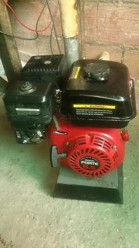 Motor Forte de 6,5hp con Bomba de Presión Ihm 1,5x1,5 Ihm