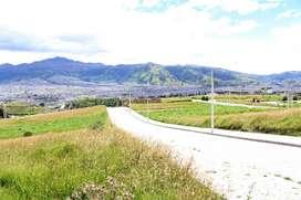 Lindo terreno, Sur de Quito. Urbanización  Altos de la Colina