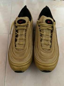 Tenis Nike Air Max 97 OG Dorado metálico