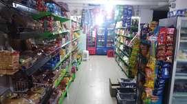 Tienda supermercado muy buenas ventas