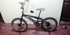 Vendo Bicicleta Bmx /precio Conversable