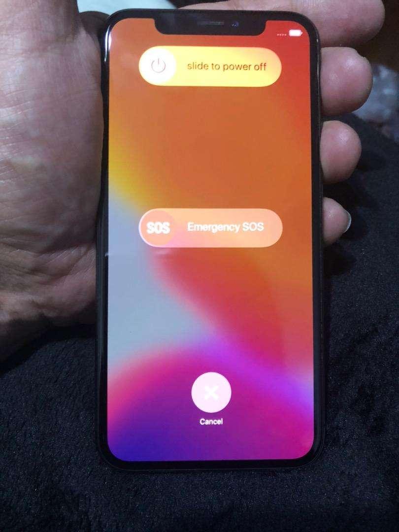 iPhone X nuevo comprado Nuena York, USA, Diciembre color negro espejo 64 gb (caja cerrada) 0