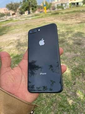 Vendo iPhone 8 Plus 64GB 100% batería Estado 9 de 10 Precio a tratar.