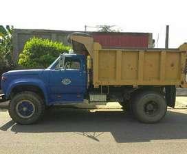VOLQUETA - Motor CAT 3208, caja fuller, cardanes reforzados de tractocamión, troques grandes, volvo de 8m2.