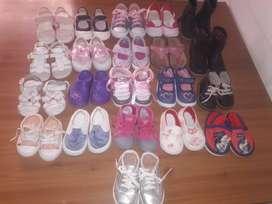 Calzados para niña lote de 21 calzados