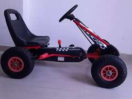 Carro deportivo para niños de 6 a 10 años