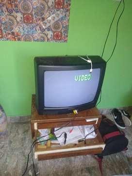 TV usada pero funciona bien