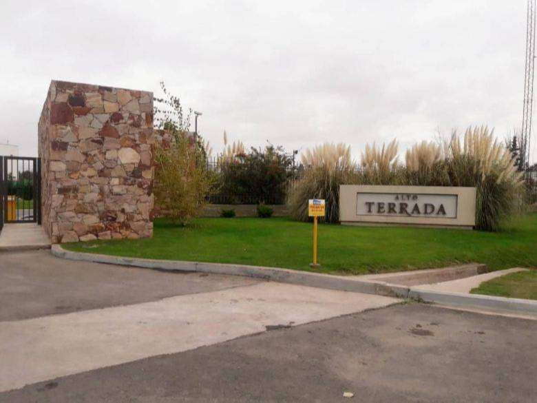 Lote Barrio Privado Alto Terrada 339m2