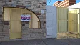 vendo local comercial con 3 departamentos zona centro Cutral Có