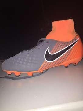 Botines Nike Magista Obra 2 Talle 36.5