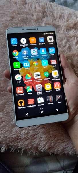 Tablet Lenovo de sim con mínima fisura no afecta el tactil ideal para clases virtuales