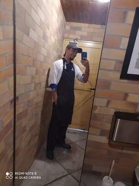 Busco trabajo como cocinero, exp en alta cocina y todo tipo