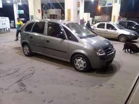 Vendo Meriva 2007 se vende xq nesecito la plata o permuto por otro auto para trabajar de remis lea bien el anuncio si gr