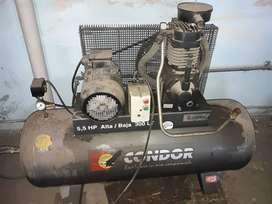 Compresor de aire 5.5 HP alta / baja marca CONDOR. 300 litros