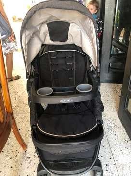 Coche y silla porta bebe