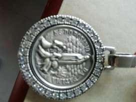 Medalla de la Virgen de Fátima plata 925y circon es artículo nuevo