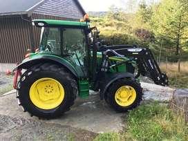 Tractor agricol John Deere 5100R