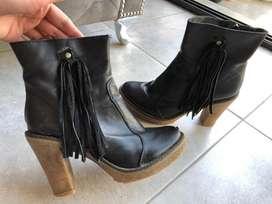 Vendo botas de cuero y suela de goma resistente