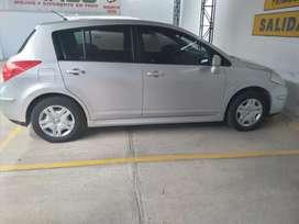 Vendo Nissan tiida hb version especial