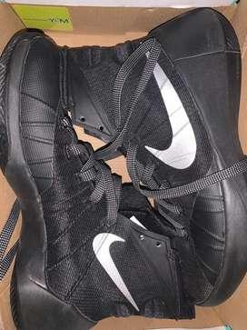 Zapatillas de Basquet Hyperdunk