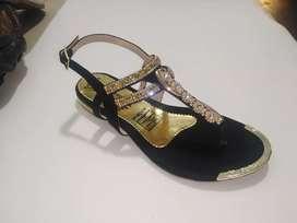 Vendo calzado por mayor para negocio