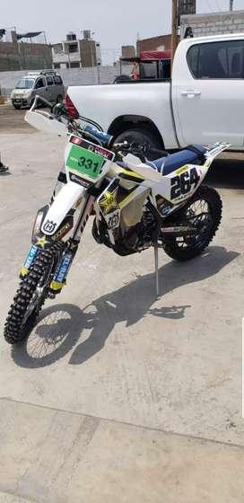 Husqvarna 450 año 2017 170h enduro motocross ktm