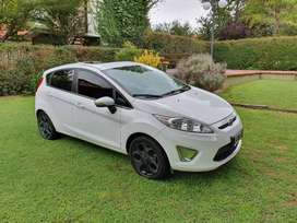 Ford Fiesta Kinetic ( 120cv ) Titanium
