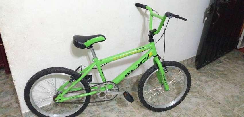 Bicicleta tipo cross, número 20, nueva. Pará niño 0