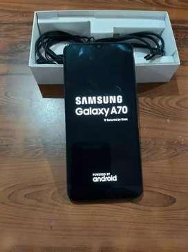 Vendo o Cambio Samsung Galaxy A70 128GB /6 RAM
