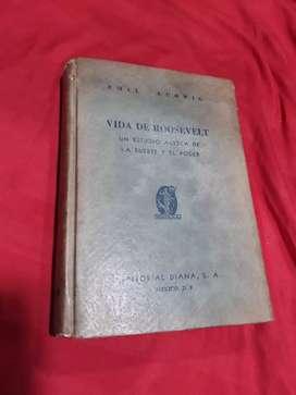 """Libro antiguo """"la vida de Roosevelt"""""""