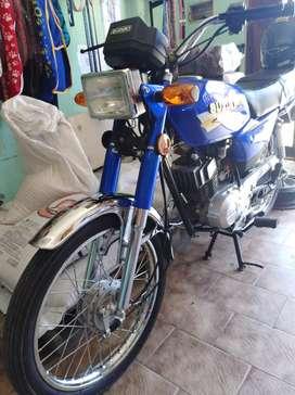 Suzuki ax 100