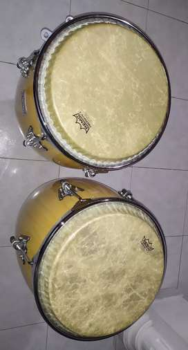 Congas remo (11/75 y 12/50) parches fiberskyn