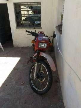 Vendo Moto Honda Nx 200
