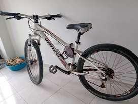 Bicicleta todo terreno VENZO