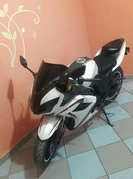 Moto Deportiva 250cc 9-2-7-6-2-3-2-3-3