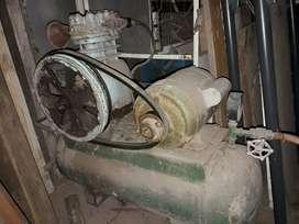 Compresor Bicilindrico 1 HP Motormech Funcionando bien