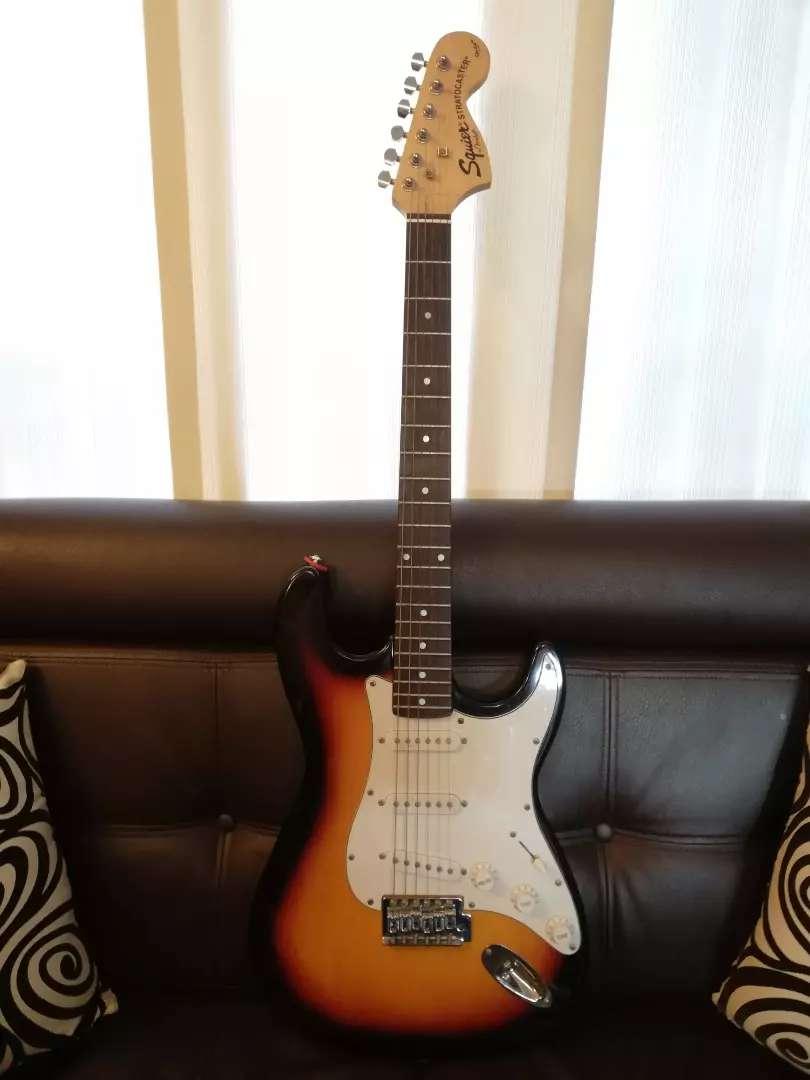 Vendo o cambio hermosa guitarra Fender Strarocaster 0
