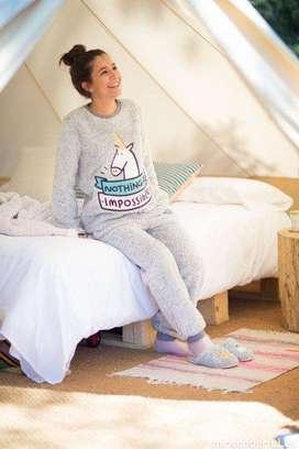 Busco satelite de confeccion pijamas piel de conejo y flix