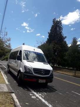 Buseta Mercedes Benz 515 Quito