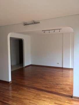 Arriendo confortable apartamento en Santa barbara 4904715