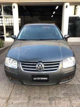 Volkswagen Bora 2.0 C/GNC