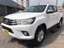 Hilux SRV 2018 54,000 FACURABLE 4x4 Particular