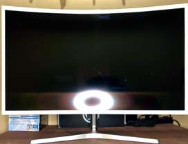 Monitor Samsung Essental de 32""