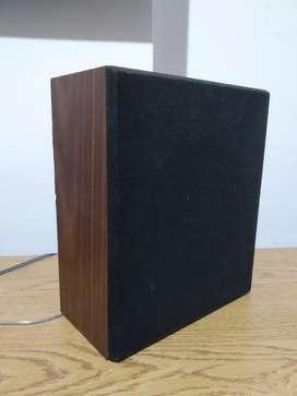 Bafle de madera