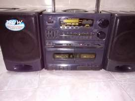 Radio grabadora para utilizar sus repuestos