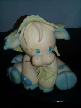 Muñeca  de porcelana fria